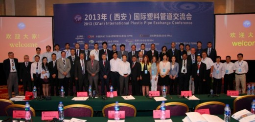 Group picture of the very experienced international and Chinese speakers